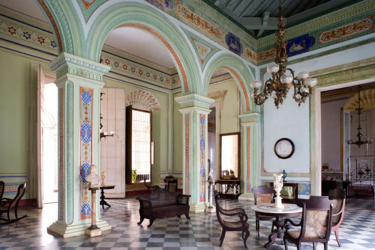 Trinidad: Palacio Cantero / entrance hall.